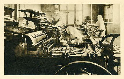 French_Nuns_working_on_printing_presses
